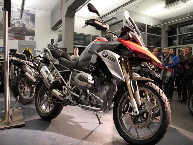2013 Motorradsaisoneröffnung bei BMW Wien